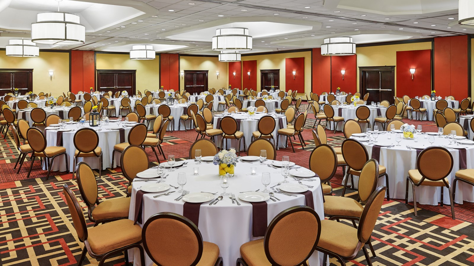Sheraton Roanoke Hotel & Conference Center - Large Meetings